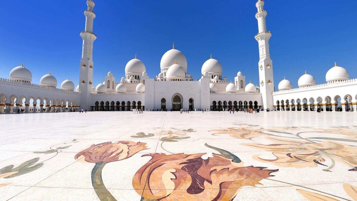 meilleur endroit pour se brancher à Abu Dhabi champs d'appel d'offres gratuit datant